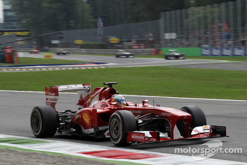 24º Fernando Alonso - 13 carreras -  De China 2013 a Japón 2013 - Ferrari