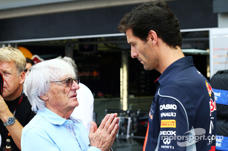 Bernie Ecclestone, CEO Formula One Group, with Mark Webber, Red Bull Racing