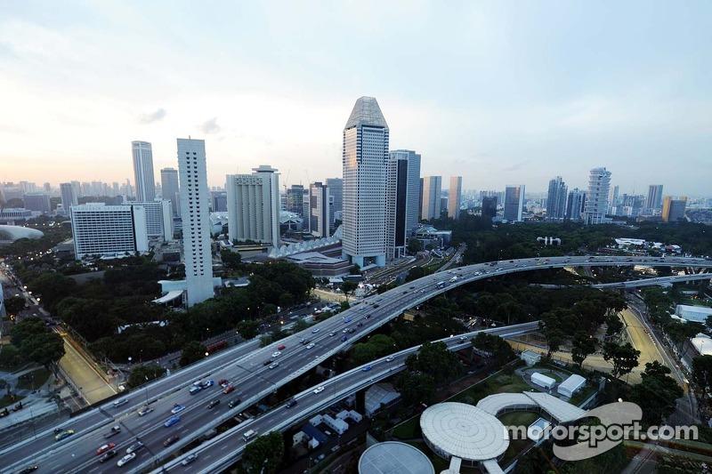 Marussia F1 Team Mr02 Desde El Singapore Flyer At Gp De Singapur