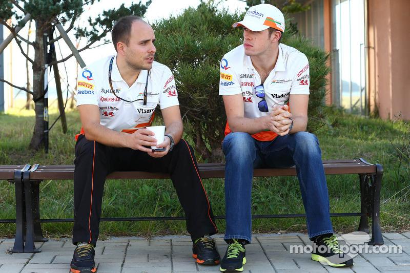(L naar R): Gianpiero Lambiase, Sahara Force India F1 Engineer met Paul di Resta, Sahara Force India F1
