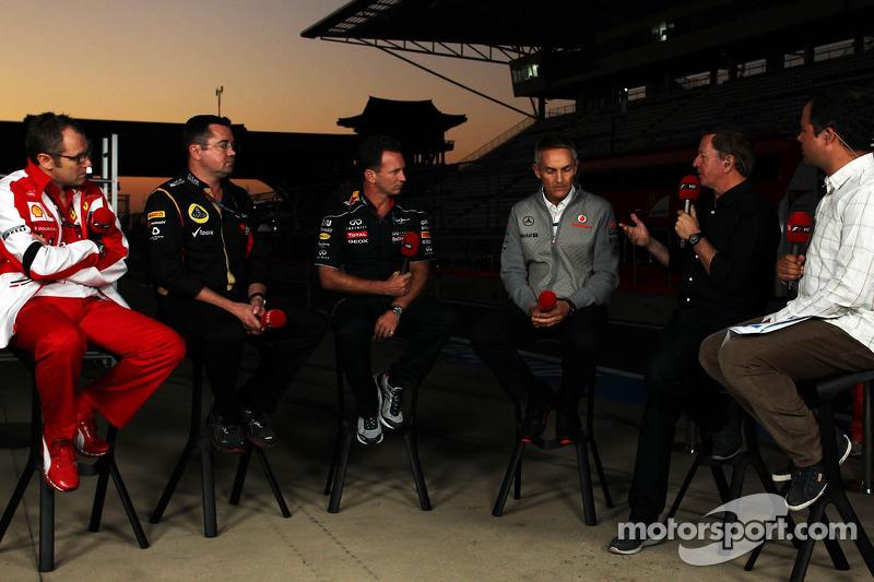 (L naar R): Stefano Domenicali, Algemeen Directeur Ferrari met Eric Boullier, Teambaas Lotus F1, Chr