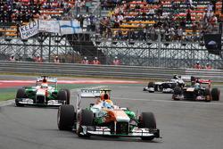 Adrian Sutil, Sahara Force India VJM06 and team mate Paul di Resta, Sahara Force India VJM06