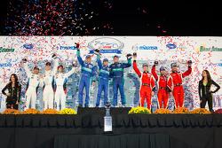 GT podium: class winners Bryan Sellers, Wolf Henzler, Nick Tandy, second place Dirk Müller, John Edwards, Bill Auberlen, third place Olivier Beretta, Matteo Malucelli, Robin Liddell