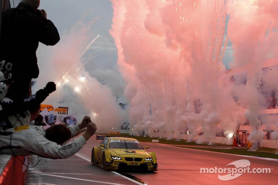 Timo Glock, BMW Team MTEK BMW M3 DTM takes the win
