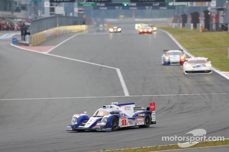 #8 Toyota Racing Toyota Ts030 - hybrid: Anthony Davidson, Sebastien Buemi, Stéphane Sarrazin