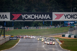 Largada: #12 Rebellion Racing Lola B12/60 Toyota: Nick Heidfeld, Neel Jani, Nicolas Prost lidera o pelotão