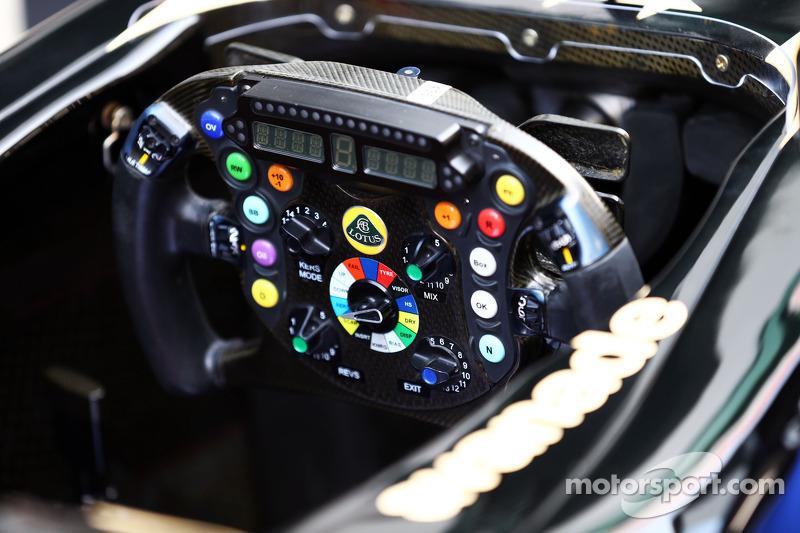 Lotus F1 E21 steering wheel