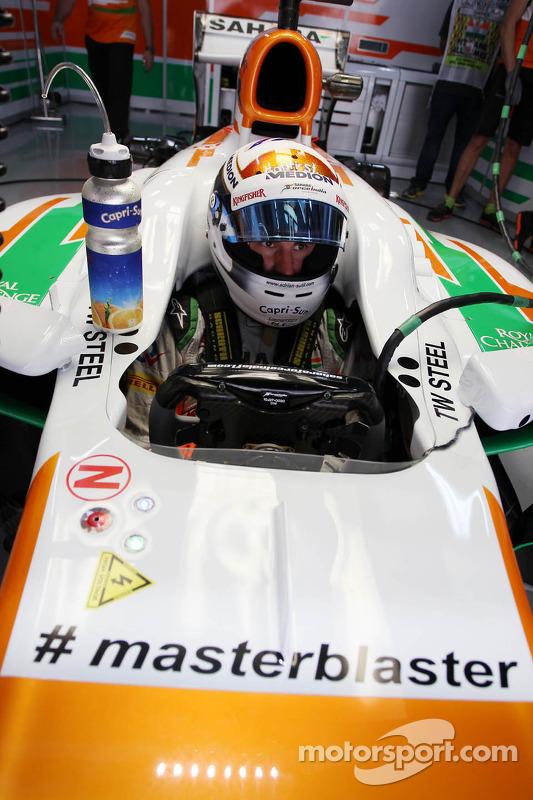 Adrian Sutil, Sahara Force India VJM06, carregando a hashtag #masterblaster como tributo ao jogador