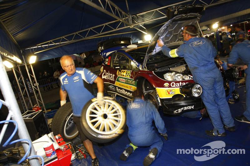 Hayden Paddon y John Kennard, Ford Fiesta RS WRC