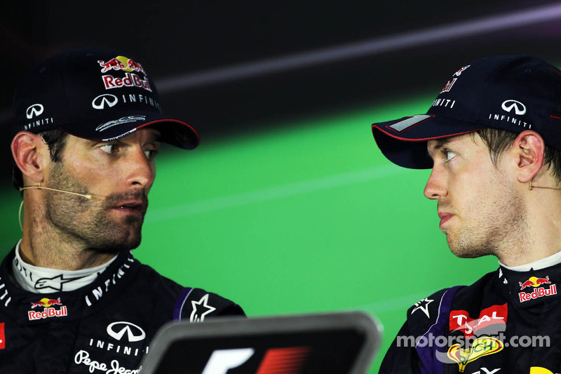 (L naar R): Mark Webber, Red Bull Racing en teamgenoot Sebastian Vettel, Red Bull Racing bij de FIA-