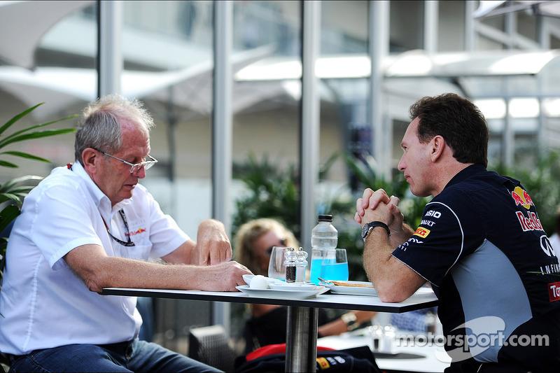 (L naar R): Dr Helmut Marko, Red Bull Motorsport Consultant met Christian Horner, Teambaas Red Bull