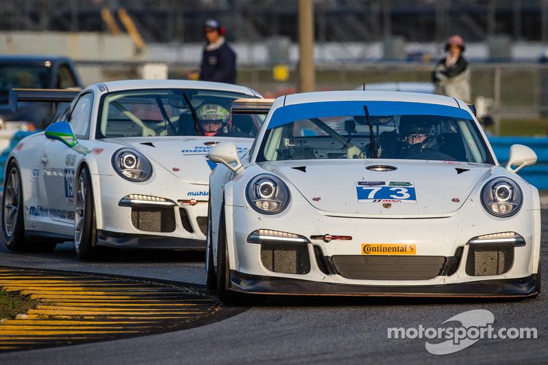 #73 Horton Autosport Porsche GT America: Mike Vess, Jason Hart, Patrick Lindsey