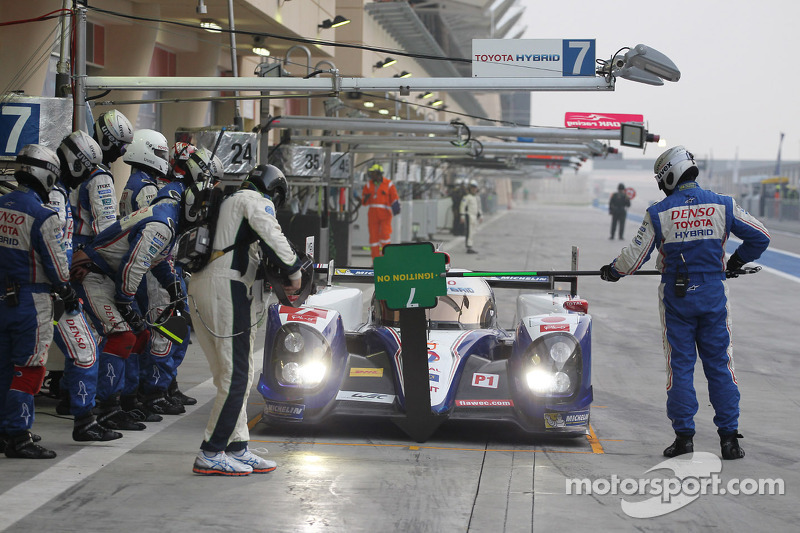 #7 Toyota Racing Toyota TS030 - hybrid: Alexander Wurz, Nicolas Lapierre, Kazuki Nakajima