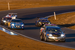 #25 Honda Research West 2 Acura ILX: Derek Ferretti, Lawrence Hwang, Calvin Liu, Corey Taguchi