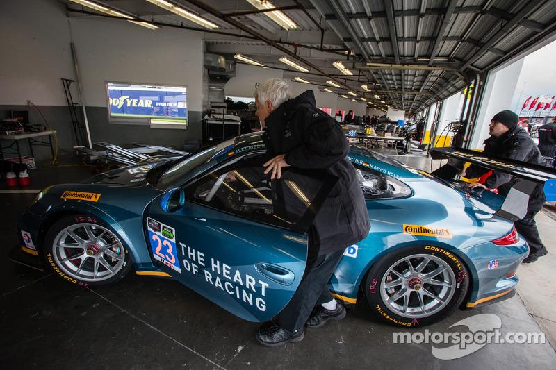 #23 Team Seattle / Alex Job Racing Porsche 911 GT America