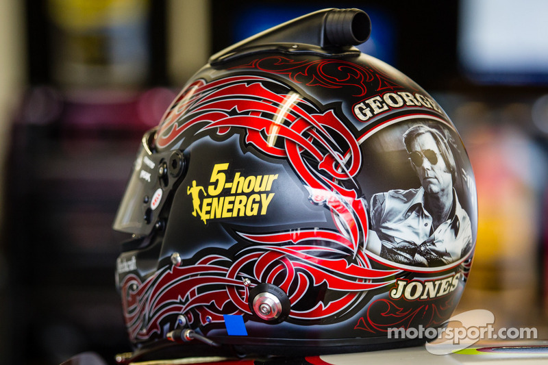 Casco di Clint Bowyer, Michael Waltrip Racing Toyota