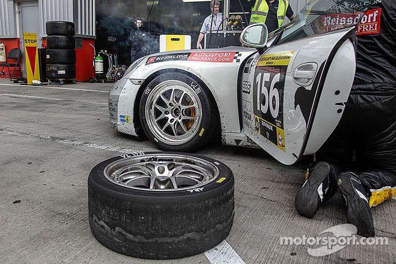 #156 Black Falcon Porsche 991 Carrera: Gerwin Schuring, Philip Dries, Christian von Rieff, Helmut We