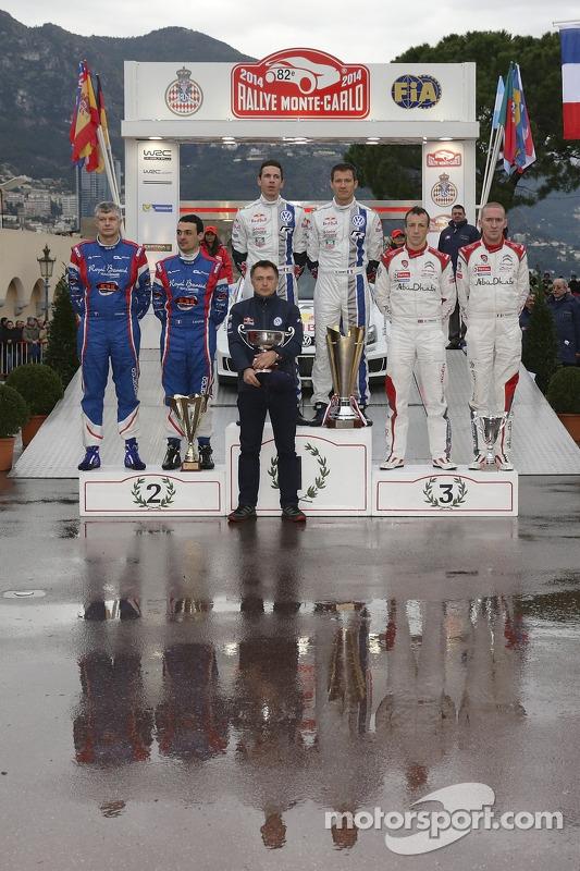 Vencedores Sébastien Ogier e Julien Ingrassia, segundo lugar Bryan Bouffier e Xavier Panseri, terceiro lugar Kris Meeke e Paul Nagle