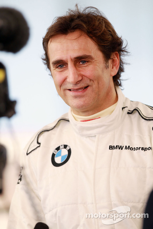Alex Zanardi anuncia seu retorno às pistas, com a BMW