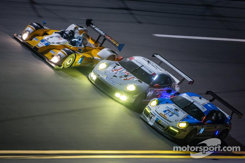 #18 Muehlner Motorsports America Porsche 911 GT America: Earl Bamber, Eugenio Amos, Bradley Blum, Al