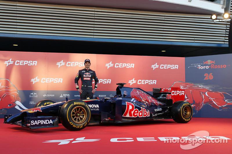 Jean-Eric Vergne, Scuderia Toro Rosso alla inaugurazione della Scuderia Toro Rosso STR9