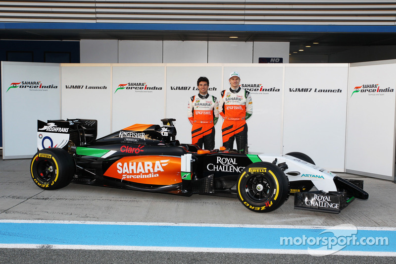 (L to R): Sergio Perez, Sahara Force India F1 and team mate Nico Hulkenberg, Sahara Force India F1 at the launch of the new Sahara Force India F1 VJM07