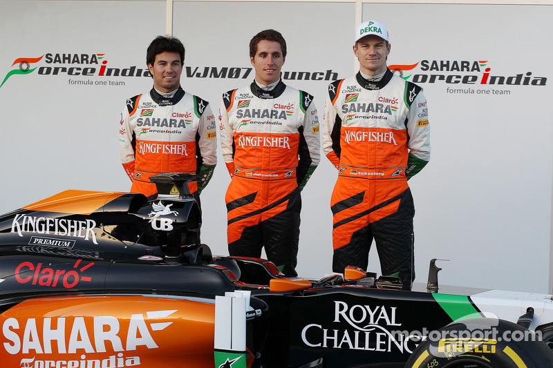 (L to R): Sergio Perez, Sahara Force India F1, Daniel Juncadella, Sahara Force India F1 Team Test an