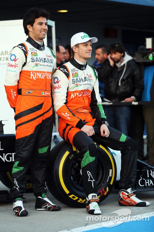 (Esquerda para direita): Sergio Perez, Sahara Force India F1, com seu companheiro Nico Hulkenberg, S