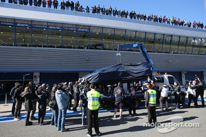 Daniel Ricciardo, Red Bull Racing stops on track