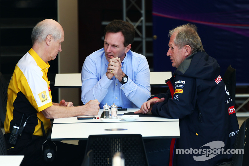 (L to R): Jean-Michel Jalinier, Renault F1 Sport President and Managing Director with Christian Horn