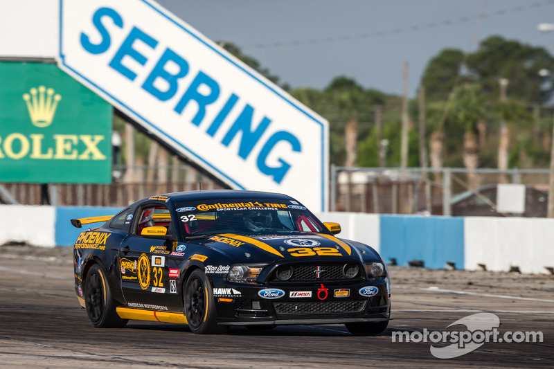 #32 Phoenix American Motorsports 野马 Boss 302 R: 库尔特·雷泽塔诺, 安德鲁·阿奎兰特