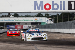 #33 Riley Motorsports SRT Viper GT3-R: Ben Keating, Jeroen Bleekemolen, Sebastiaan Bleekemolen, Marc Goossens