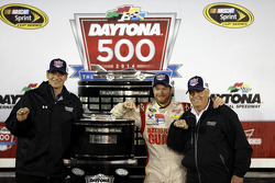Crew chief Steve Letarte, Dale Earnhardt Jr., Hendrick Motorsports Chevrolet and Rick Hendrick, team owner