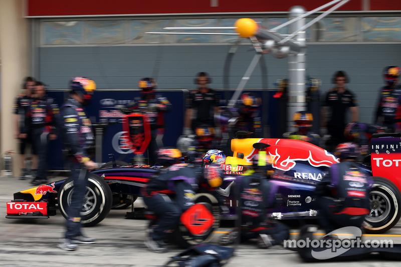 Daniel Ricciardo, Red Bull Racing during pitstop practice
