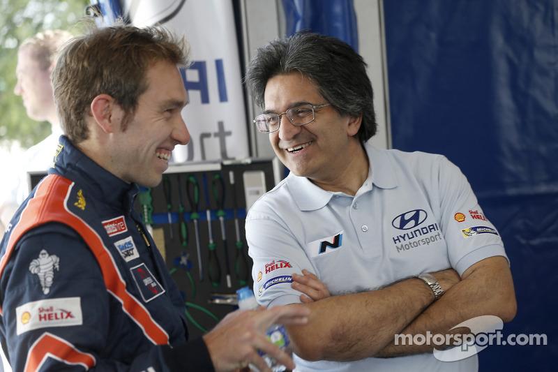 Chris Atkinson ve Michel Nandan