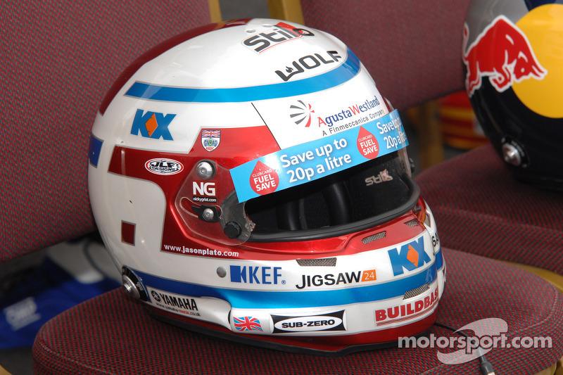 Jason Plato, casco