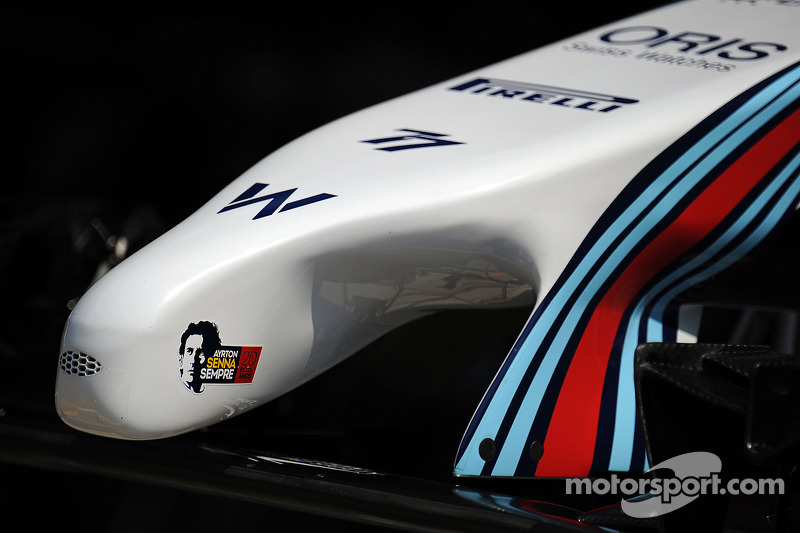 Williams FW36 musetto con tributo a Ayrton Senna