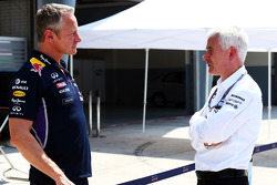Jonathan Wheatley, Red Bull Racing, Teammanager; Geoff Willis, Mercedes AMG F1, Technikdirektor
