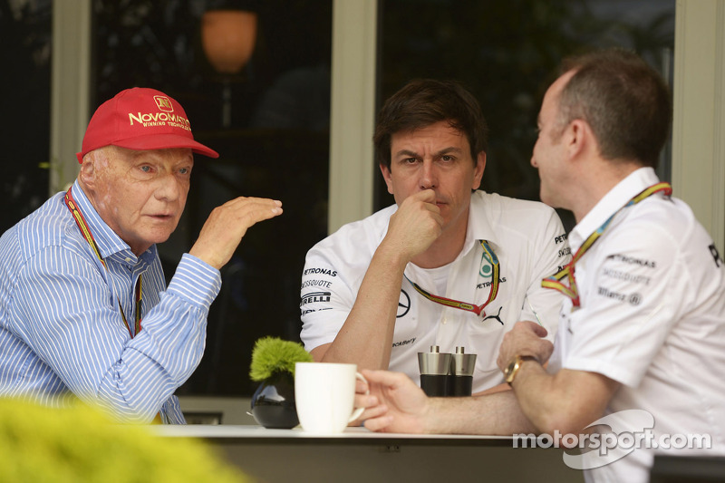(L to R): Niki Lauda, Mercedes Non-Executive Chairman with Toto Wolff, Mercedes AMG F1 Shareholder a