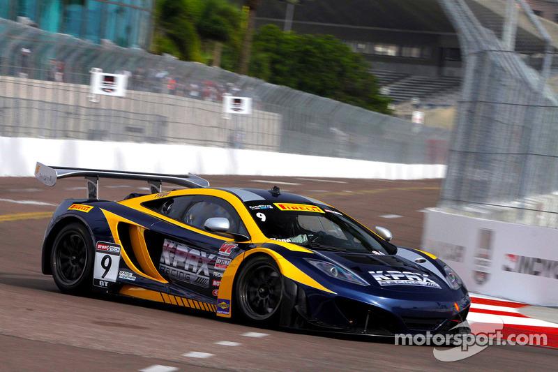 https://cdn-3.motorsport.com/static/img/mgl/1600000/1670000/1677000/1677900/1677943/s8/scca-pwc-st-pete-2014-9-k-pax-racing-mclaren-mp4-12c-gt3-alex-figge.jpg