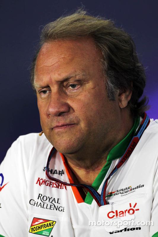 Robert Fernley, Sahara Force India F1 Team chefe da equipe na conferência de imprensa da FIA