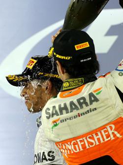 Lewis Hamilton, Mercedes AMG F1 Team e Sergio Perez, Sahara Force India  06