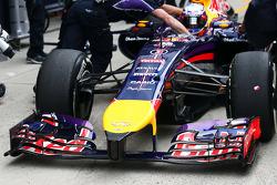 Daniel Ricciardo, Red Bull Racing RB10 ön kanat