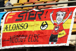 Un banner para Fernando Alonso, Ferrari
