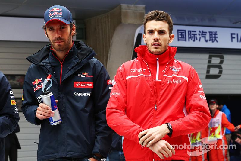 Jean-Eric Vergne, Scuderia Toro Rosso con Jules Bianchi, Marussia F1 Team alla parata dei piloti