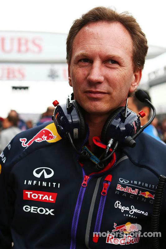 Christian Horner, chefe de equipe da Red Bull no grid.