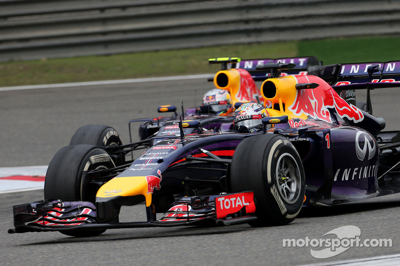 Sebastian Vettel, Red Bull Racing; Daniel Ricciardo, Red Bull Racing