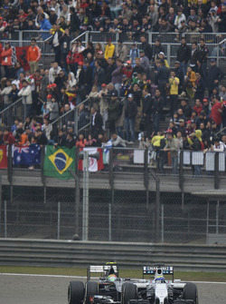Felipe Massa, Williams FW36; Esteban Gutierrez, Sauber C33