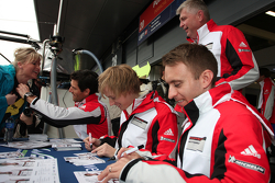 Mark Webber, Brendon Hartley and Timo Bernhard