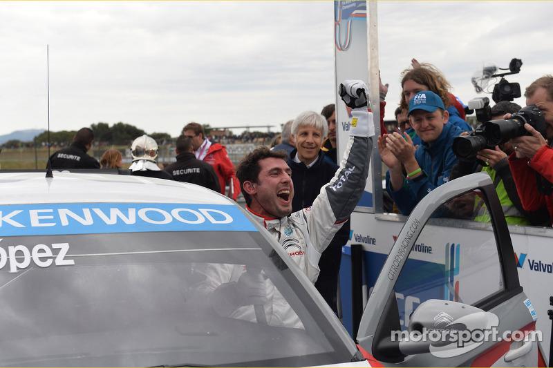 比赛冠军何塞·玛利亚·洛佩兹,雪铁龙C-爱丽舍WTCC赛车,雪铁龙道达尔WTCC车队